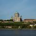 Igreja húngara vista da Eslováquia