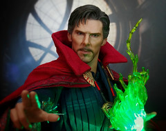 Doctor Strange (MiskatonicNick) Tags: doctorstrange drstrange marvel hottoys 16 sixthscale playscale actionfigure