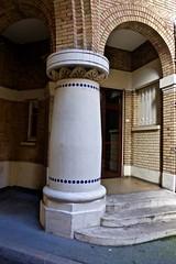 arches (2) (canecrabe) Tags: arche hlm mosaïque brique paris émilebois architecte 1920 artdéco