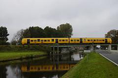 NSR DM 90 3427 boven het kanaal van Wildervank 14-10-2017 (marcelwijers) Tags: nsr dm 90 3427 boven het kanaal van wildervank 14102017 buffel nederlandse spoorwegen nvbs afscheidsrit nederland niederlande netherlands diesel trein treinstel train dieseltrein