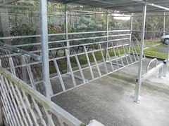 Cycle-racks-Shelter-with-Semi-verticals-Image-1