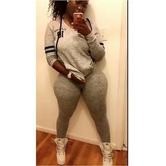 2017-10-10 01.32.13 1622151362781689887_4829977586 (African Queendom) Tags: igbestcakes thickgirlsonly dopesgirlsdopebooty dailybooty instacurvesthecake curvy curvaceous curviestcurves teamcakesuperbadd naija 9janigeria curvyafricangirls africasouthafrica kenya ghana booty africanqueen queendom pictureoftheday