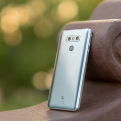 LG G6 H870 Ice Platinum | twin rear cams, flash & fingerprint scanner (.: mike | MKvip Beauty :.) Tags: sony⍺6500 sonyilce6500 sonyalpha6500 sonyalpha sony alpha emount ⍺6500 ilce6500 primelens prime manualexposure manual samyangfe50mmƒ14asifum samyangfe50mmƒ14 samyangfe50mmf14 samyang 50mm ƒ14 aspherical umc af lg lgelectronics mobilephone mobile lgg6h870 g6h870 iceplatinum gearshot handheld availablelight naturallight backlight backlighting shallowdof bokeh bokehlicious beyondbokeh extremebokeh smoothbokeh berghausen karlsruhe germany europe mth mkvip samyangfe50mmƒ14asifumcaf