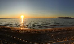 6:31 PM, Wreck Beach (Pierre♪ à ♪VanCouver) Tags: wreckbeach vancouver sunset georgiastrait britishcolumbia