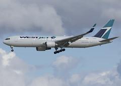 C-FOGT_767-338/ER_WJA_CYVR_2162 (Mike Head - Jetwashphotos) Tags: boeing 767 767338er wj wja westjet exqantas yvr cyvr vancouverinternationalairport bc britishcolumbia canada westerncanada westernregion