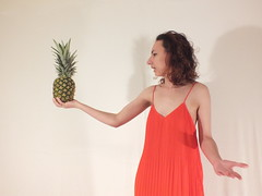 (Freywar) Tags: enigmatic pineapple girl portrait independent