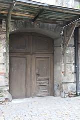 036A4255 (zet11) Tags: polska warszawa ulica drzwi brama stalowa poland warsaw street door gate front