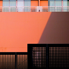 soma sun and shade (msdonnalee) Tags: facade facciate fachada façade shadow ombra ombre sombra schatten fence metalfence architecturaldetail architecturalabstract explore clôture cerca zaun забор recinto