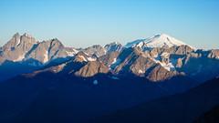Uszba 4700m i Elbrus 5642m z drogi na Tetnuldi 4858m, (Tomasz Bobrowski) Tags: wspinanie mountains ushba gruzja kaukaz góry elbrus tetnuldi caucasus georgia uszba climbing