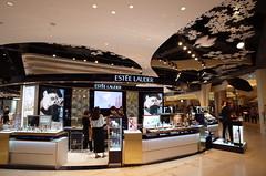R0005691 (Kiyohide Mori) Tags: beautyshop ceiling seoul inmall lotteworld