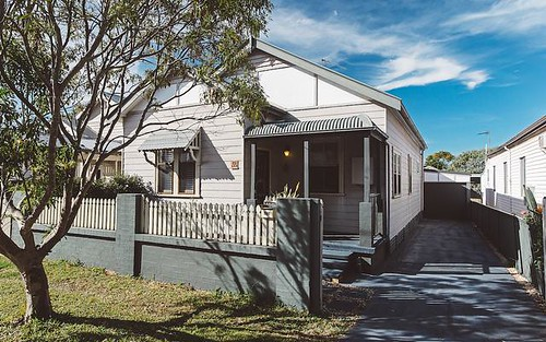 15 Ada Street, Waratah NSW
