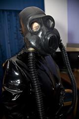 8935 (traveller-28) Tags: alien scifi pvc catsuit rubber latex gasmask breathplay fetish boots female linda jumpsuit totalenclosure gloves patent vinyl pintrst