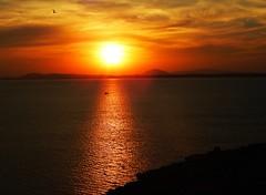 me encandilás (Litswds) Tags: sunset atardecer uruguay colonia piriapolis rojo calido hoy hot warm flickr wall hd orange red ma rio rifer river photo colours argentina fotografia luz light