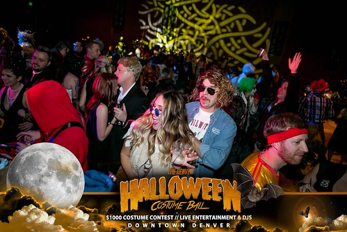 "Halloween Costume Ball 2017 • <a style=""font-size:0.8em;"" href=""http://www.flickr.com/photos/95348018@N07/24225093638/"" target=""_blank"">View on Flickr</a>"
