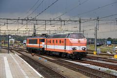 RRL 9906 en vm Locon 9802 Amersfoort 22-09-2017 (Spoorhaar) Tags: locon rrl 9802 nmbs locomotieven 9906 amersfoort eisenbahn railway spoorwegen train