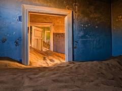 Gosth Town: le città fantasma più spettrali al mondo (Cudriec) Tags: belchite bodie california città craco italia kolmanskop namibia pipryat spagna vacanza vacanze viaggi viaggiare viaggio