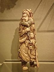 Netsuke miniature of Chinese general Guanyu Japan 1800-1900 CE Stained Ivory (mharrsch) Tags: asianartmuseum sanfrancisco california mharrsch ivory netsuke sculpture statue japan general commander guanyu kanu 19thcenturyce