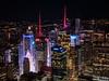 4 Times Square & Bank of America Tower, vistos desde el Empire State Building. (Luis Pérez Contreras) Tags: night photography nocturna fotografía viaje eeuu usa trip 2017 olympus m43 mzuiko omd em1 manhattan nyc newyork nuevayork estadosunidos empirestatebuilding timessquare 4timessquare bankofamericatower