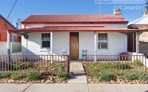172 Gurwood St, Wagga Wagga NSW 2650