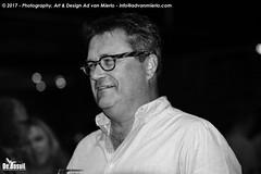 2017 Bosuil-Het publiek bij Ian Siegal 11-ZW
