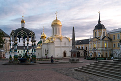 Свято-Троицкий собор (PetrBel) Tags: assumptioncathedral сергиевпосад ring zagorsk christianity historical sergiyev building lavra convent view russia golden cityscape assumption sunny landmark orthodox old destinations posad heritage ancient gilded city exterior church tourism scenery dome summer sergiev unesco vacation national sergius europe cathedral architecture saint famous medieval people religion outdoor site monastery attraction culture temple travel trinity