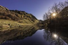 Laguna de Varrados (Luis R.C.) Tags: varradós pirineos arán viella lérida españa amanecer montaña paisaje nikon d610