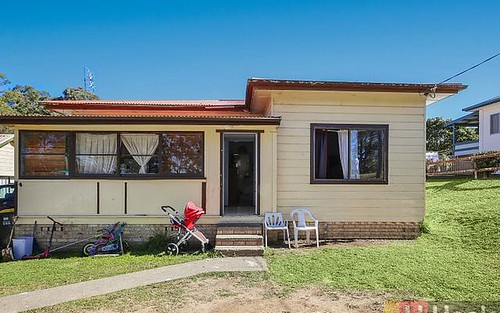 12 Queen St, South Kempsey NSW 2440