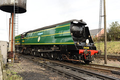 34081  GCR 06/10/17 (Woolwinder) Tags: bulleid462 unrebuiltbattleofbritain 34081 92squadron raf greatcentralrailway loughborough leicestershire england southernrailway britishrailways nenevalleyrailway