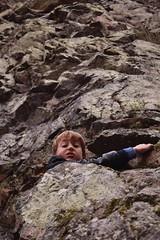 Ascension / Climbing (bonnaudthomas) Tags: escalade climbing falaise cliff roche rocher rock rocks enfant kid