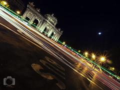 Puerta de Alcala (Javichu Fotografia) Tags: em1 nightphotography phtography fotogafrianocturna olympus zuikodigital ciudades madrid cities puertadealcala longexposition largaexposicion