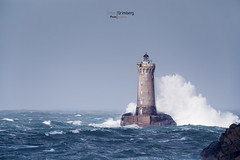 17DGR02527 (BreizHorizons) Tags: four phare du iroise landunvez porspoder vague tempête vent ecume mer manche finistère seascape didiergrimberg