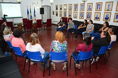 Roda de conversa com profissionais de saude, de Itaboraí, sobre prevenção de cancer de mama (1) (itaborairj) Tags: roda conversa saúde câncer mama 23102017