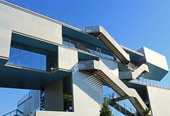 . (SA_Steve) Tags: campbellsportscenter columbiauniversity nyc architecture sky stairs modern building