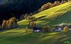 Dolomiti - Luci del tramonto sulla valle di Braies (Luigi Alesi) Tags: dolomiti italia italy alto adige sudtirol val pusteria pustertal valle di braies bolzano bozen dolomites dolomiten paesaggio landscape scenery natura nature countryside tramonto sunset luci lights ombre shadows colori colors nikon d7100 raw tamron sp 70300