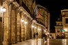 Arquería del Ayuntamiento de Oviedo (ccc.39) Tags: asturias oviedo ayuntamiento calle plaza noche nocturna arquería luces night street urban ciudad town