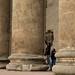 Turistas deixando sua marca na Basílica