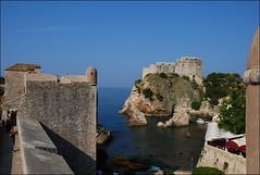 Dubrovnik (Croacia, 16-6-2017) (Juanje Orío) Tags: 2017 dubrovnik croacia croatia castillo fortaleza fortress mar sea costa agua water castle patrimoniodelahumanidad worldheritage whl0095