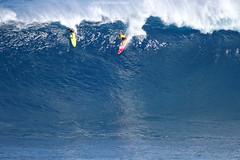 IMG_5855 copy (Aaron Lynton) Tags: canon 7d sigma peahi jaws surf xxl bigwave big wave maui hawaii peahichallenge challenge 2017 peahichallenge2017 lyntonproductions lynton