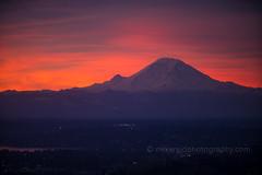 DSC02524 (www.mikereidphotography.com) Tags: sunrise seattle skyviewobservatory rainier 85mm 200mm 1635mm mirrorless sony canon