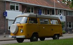 1976 Volkswagen T2 Camper 61-YB-82 (Stollie1) Tags: 1976 volkswagen t2 camper 61yb82 zeist