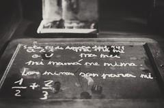 ... con la m ... (Deckard73) Tags: osejadesajambre león félixdemartino school letters blackboard bw