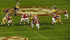 Jalen Hurts hands off to Bo. (Redbird310) Tags: ncaa sec football college crimsontide alabamacrimsontide sports ball tigers lsu