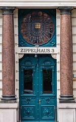 Zippelhaus 3 (jan.boettcher) Tags: hamburg zippelhaus portal eingangstür tür jugendstil säulen haustür doorway door columns artnouveau