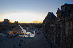 Paris (mademoisellelapiquante) Tags: louvre paris france arthistory art museedulouvre pyramid sunset