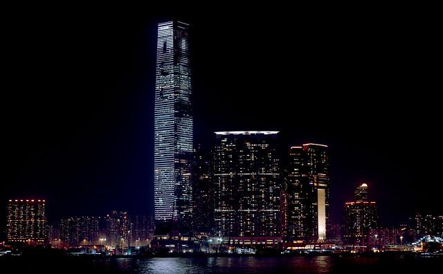 香港のコンセント情報・iphoneを香港で充電する方法と注意点