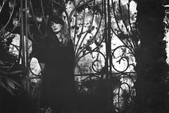 Emi M. (@phr_photo) Tags: portrait woman femme girl fille beautiful belle romantique romantic monochrome extérieur outdoor modèle shooting bordeaux blanquefort majolan