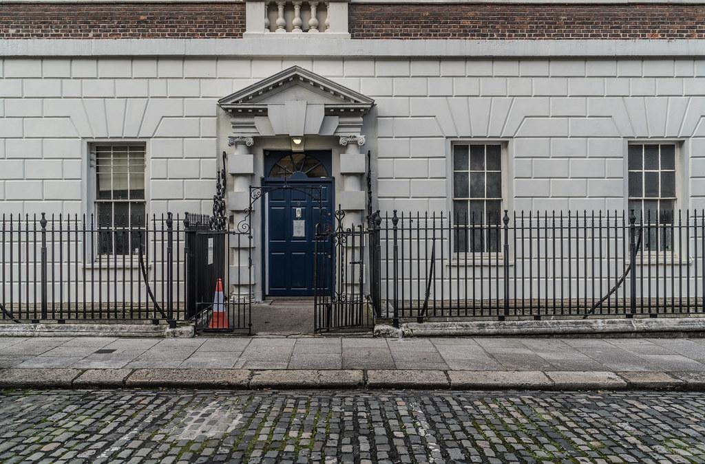 DOORS OF DUBLIN No. 9 HENRIETTA STREET [ST VINCENTS TRUST]-133285