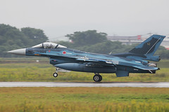 Mitsubishi F-2A 03-8504 '504' 8 Hikotai (Mark McEwan) Tags: mitsubishi f2a 038504 8hikotai tsuiki jasdf japan japanairselfdefenseforce fighter airdefence military aviation aircraft airplane