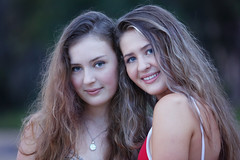 Jemmeah & Julia - Sisters (Rob Harris Photography) Tags: sisters siblings best friends smile smiling beautiful beauty girl gorgeous female woman naturallight face headshot portrait pretty