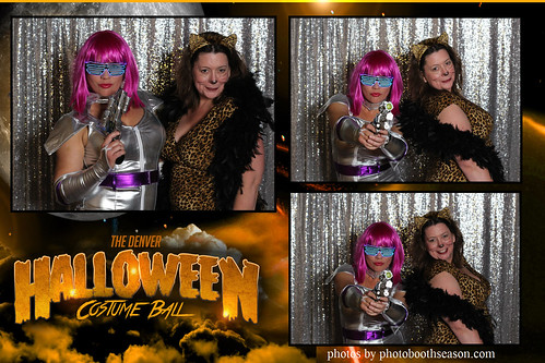 """Denver Halloween Costume Ball • <a style=""""font-size:0.8em;"""" href=""""http://www.flickr.com/photos/95348018@N07/26250306169/"""" target=""""_blank"""">View on Flickr</a>"""